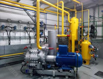 Compressor units for unloading and loading of liquefied gases